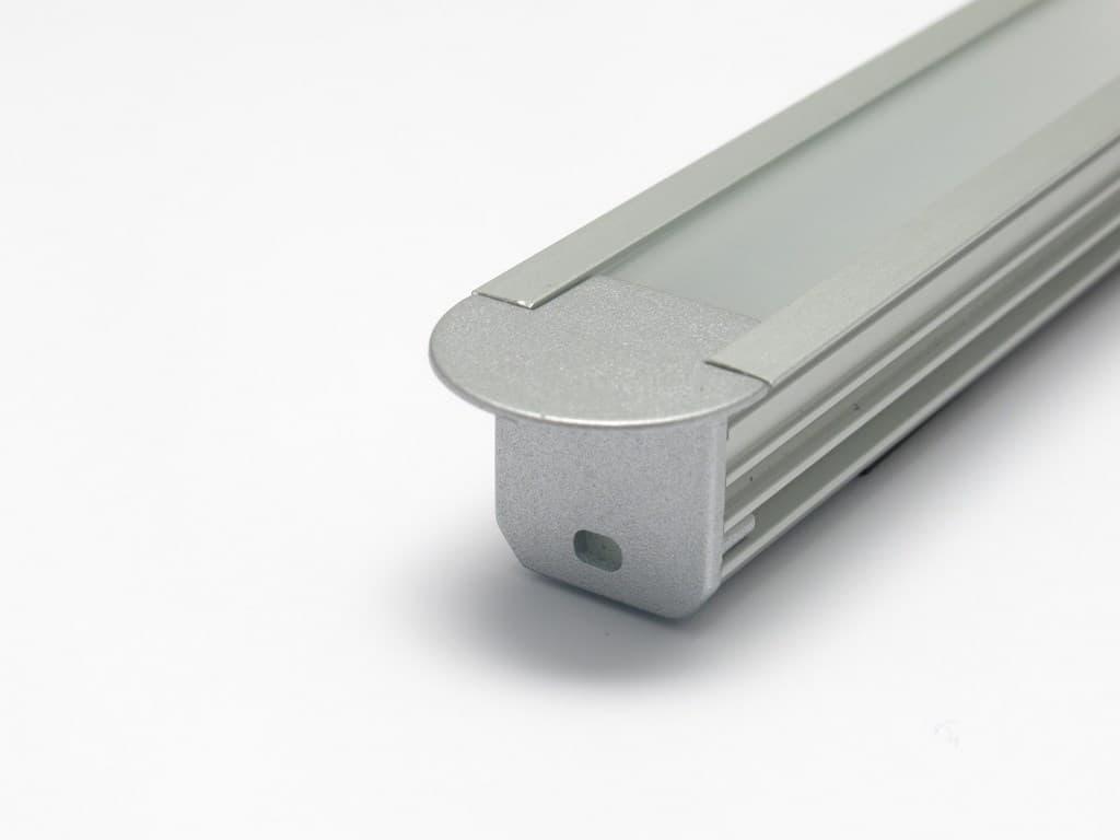 Profilo led in alluminio da incasso con terminale