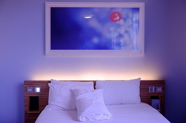 Illuminazione camera da letto con i led: idee e consigli | Vendita ...
