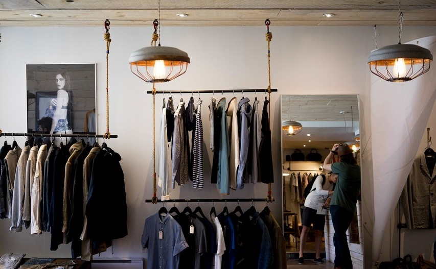 Illuminazione negozi come illuminare con i led vendita
