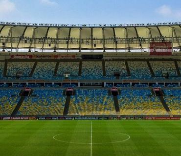 illuminazione campi da calcio