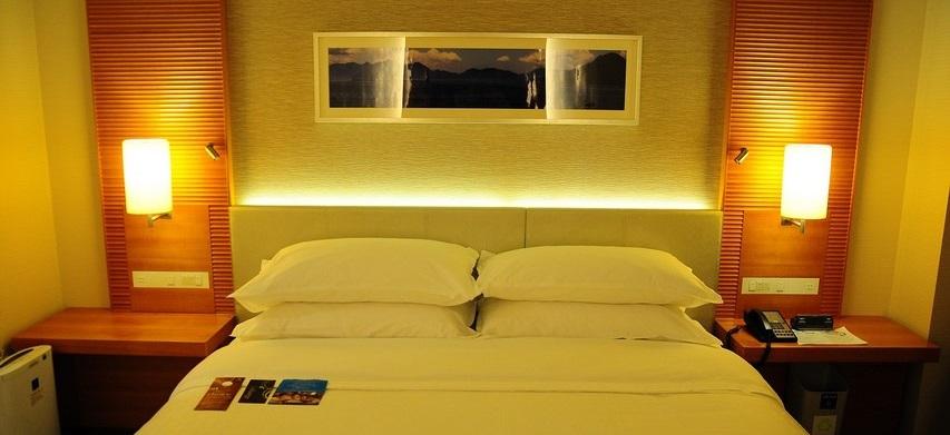 illuminazione hotel camera da letto